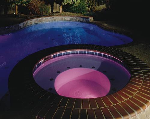 Foco led para piscinas de un solo color enersoluz piscinas for Led para piscinas