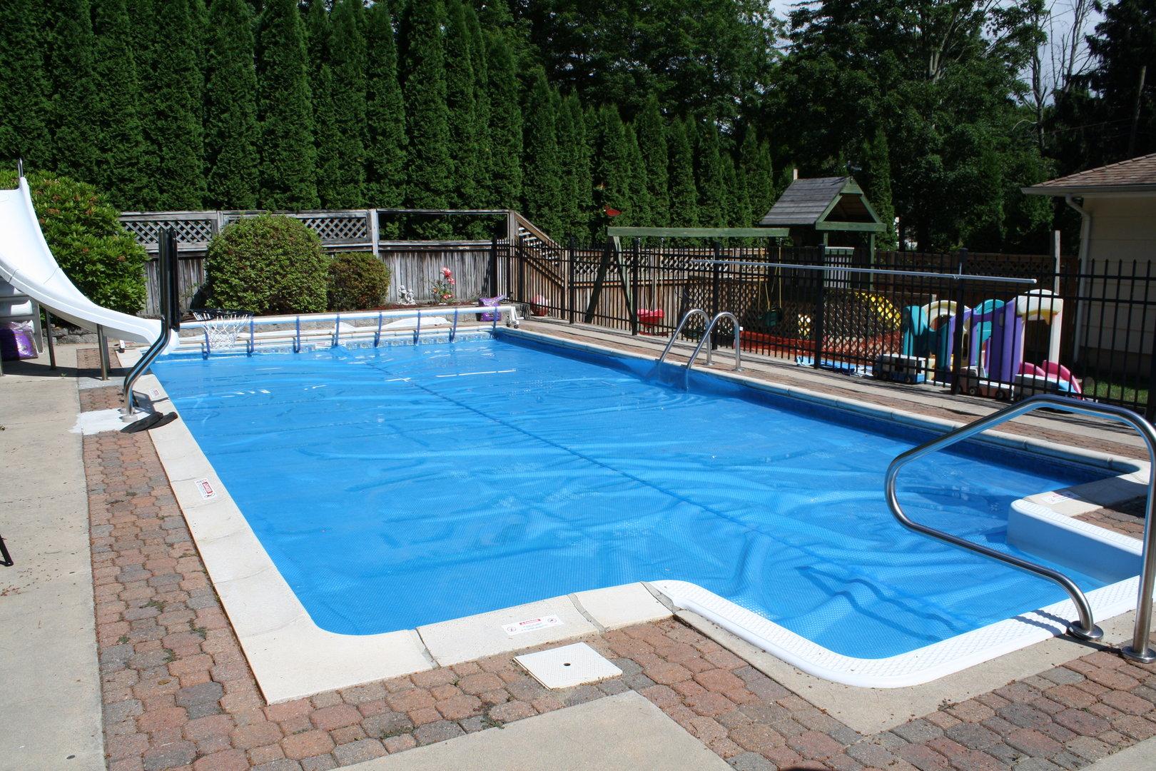 Manta termica reforzada para piscinas todo en piscinas y for Manta solar piscina