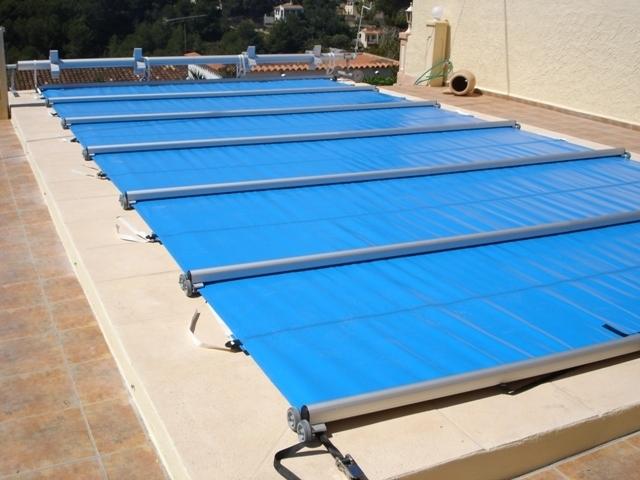 Cobertor deslizante de seguridad para piscinas mantas termicas - Mantas termicas para piscinas ...