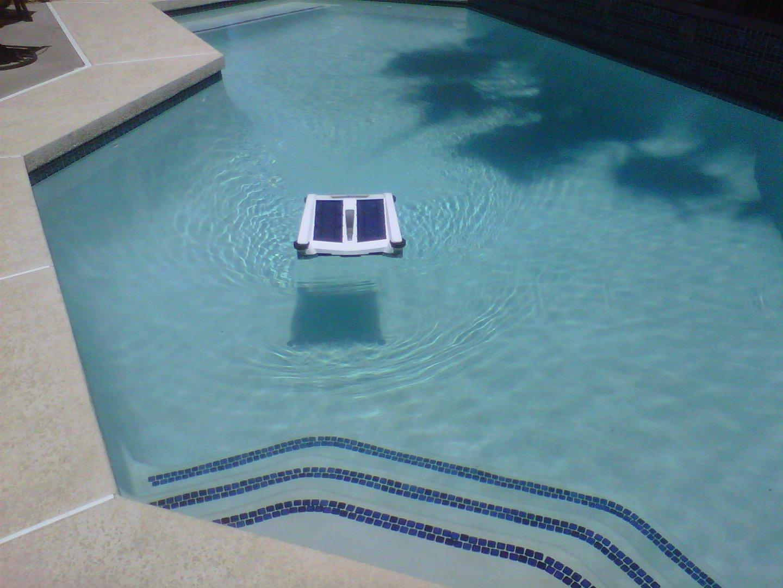 Solar breeze robot limpiahojas solar todo en piscinas y for Robot limpia piscina
