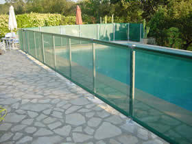 Aluminum pool fence and polyester mesh